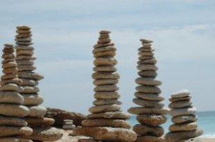 cove_beach_stones_245299_l.jpeg