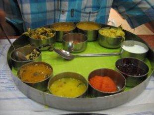 delhi_india_food_241854_l.jpeg